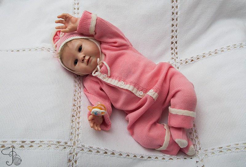 171Вяжем для новорожденного комбинезоны