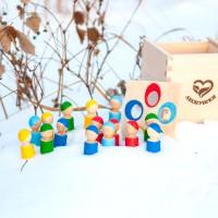 Счетный материал Разноцветные человечки в коробочке сортере, Леснушки